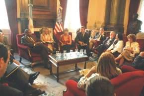 Ruperto Godoy, presidente de la Comisión de Relaciones Exteriores, encabezó la reunión con los congresistas norteamericanos
