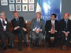 Mauricio Ibarra y el referente del PRO en San Juan, Wbaldino Acosta Zapata, en la reunión con Francisco de Narváez, Federico Pinedo y Felipe Solá