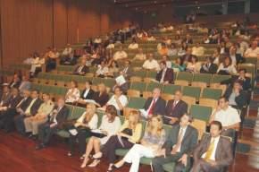 Asistentes a las Primeras Jornadas Regionales Sobre Instrumentos Económicos de Gestión Ambiental, en el Salón auditorio Eloy Camus, del Centro Cívico