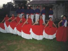 """Agrupación de danzas """"Paihuén"""""""
