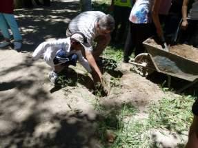 Efectuaron trabajos de lumbricultura los chicos de la escuela Abejitas