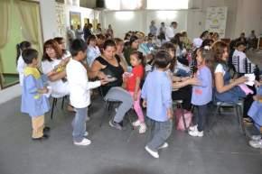 Alumnos, docentes y padres participan de actividades sobre alimentación saludable