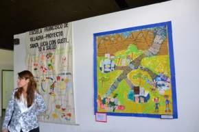 Los alumnos hicieron murales alusivos a los temas abordados en el aula sobre alimentación