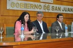 Una de las autoras, la Prof. Analía Rodríguez