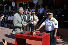El gobernador Gioja toma juramento al nuevo Jefe de Policía de la Provincia, Comisario General ® José Orlando Luna