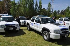 También fueron entregadas 14 camionetas Chevrolet S10 doble cabina