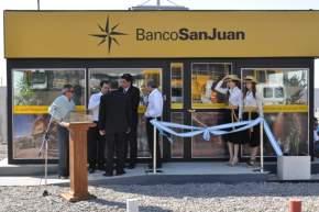 Cajero automático inaugurado en el Parque Industrial de Albardón