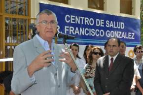 El Gobernador Gioja en la inauguración de las refacciones del centro de salud de El Mogote en Chimbas