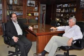 Jorge Coscia, secretario de Cultura de la Nación, con el gobernador José Luis Gioja en su despacho