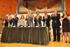 Segunda parte del acto, en la sala de conciertos