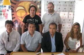 El ministro de Turismo y Cultura, Dante Elizondo presentó a los locutores y conductores que se suman a esta edición de la FNS