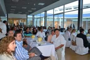 El intendente de Sarmiento, Alberto Hensel; el vicepresidente de COVIAR, José Molina, entre los asistentes al ciclo