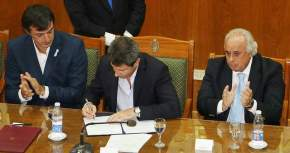 Firma del convenio bilateral entre el Ministerio de Educación y Deportes de la Nación y el Gobierno de San Juan