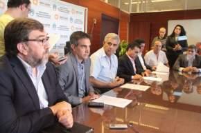 Firmaron convenios en el Ministerio de Desarrollo Humano con municipios y entidades
