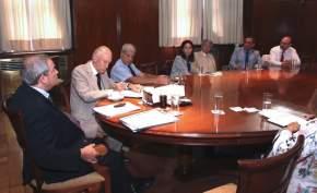 Ministro de Salud de la Nación, Jorge Lemus con su gabinete y el ministro sanjuanino, Sánchez Hidalgo