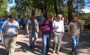 El ministro de Desarrollo Humano y Promoción Social, Walberto Allende recorrió en Calingasta zonas afectadas por lluvias