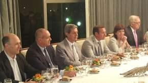 También participaron de la cena la ministro de Seguridad, Patricia Bullrich; los ministros sanjuaninos Ortiz Andino y Roberto Gattoni
