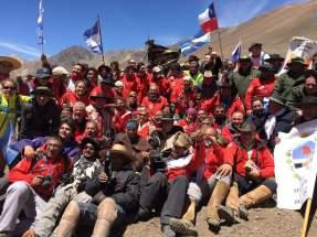 Todos unidos en el límite de Argentina y Chile