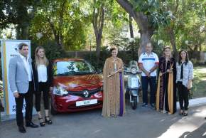El gobernador Uñac y la ministra Grynszpan junto a las actuales soberanas, presentan los importantes premios aportados por empresas locales