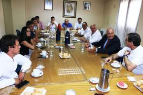 El vicegobernador Lima con el bloque del FpV