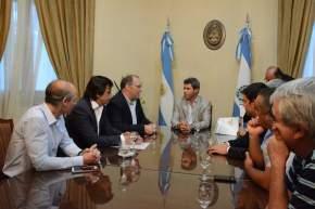 Sergio Uñac firmó con el secretario de Agricultura, Ganadería y Pesca de la Nación, Ricardo Negri, un convenio de colaboración para mejorar la calidad del abastecimiento de frutas y verduras en la provincia