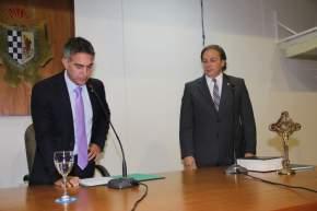 El intendente Franco Aranda tomó juramento al nuevo Secretario de Gobierno, Sergio Ovalles