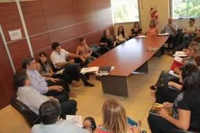Reunión de funcionarios de los ministerios de Desarrollo Humano y Promoción Social, de Salud Pública, de Gobierno, y de Educación