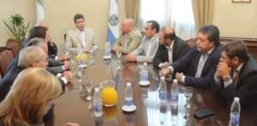El gobernador Uñac y los diputados oficialistas trataron diversos temas de actualidad