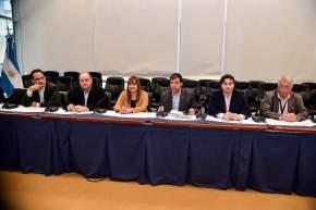 Legisladores nacionales y directivos de CAME en el encuentro de representantes de Pymes