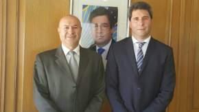 El gobernador Sergio Uñac con el gerente del departamento Paises del Conosur del BID, José Luis Lupo