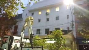 Realizan tareas de cambios de luminarias de sodio por artefactos LED