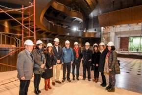 Pablo Avelluto, ministro de Cultura de la Nación, junto a la ministra de Turismo y Cultura, Claudia Grynszpan y funcionarios del área recorrieron las obras del Teatro del Bicentenario