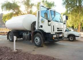 Entrega de camión y vehículo 0km