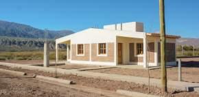 Entrega de viviendas en Tamberías