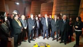 El gobernador Uñac y el vicegobernador Lima con el presidente del BID, Luis Moreno y los ministros Prat Gay y Frigerio en la Bodega Graffigna