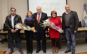 El vicegobernador Lima y los presidentes de bloques Justicialista y Bloquista con las hijas de Escudero