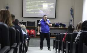 El curso teórico-práctico estuvo a cargo del director de Botiquines San Juan, Gonzalo Martínez, y el médico Rodolfo Álvarez Oro