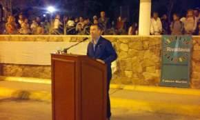 Dirige la palabra el intendente Fabián Martín