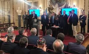 El gobernador Uñac firma el Compromiso Federal para la Modernización del Estado