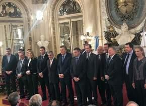 Nación y provincias asumieron el compromiso de generar políticas que permitan garantizar la provisión segura de energía para todos los argentinos