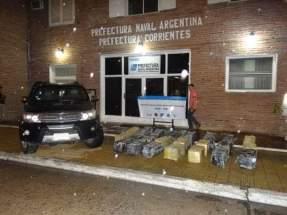 Incautaron 692 kilos de marihuana y secuestraron una camioneta con pedido de secuestro activo