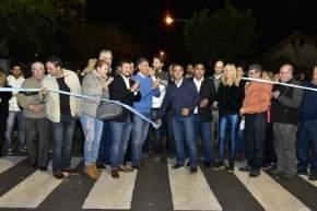 El intendente Franco Aranda presidió la inauguración de la repavimentación de calles internas del barrio Porres