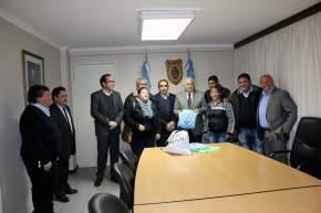 Entrega de colaboraciones a entidades deportivas, civiles y educativas