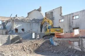 La obra contempla la construcción de un microestadio para 2.500 personas