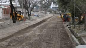 Obras de red de gas domiciliario y pavimentación