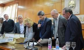 El gobernador Sergio Uñac da a conocer las 8 ofertas económicas que se presentaron