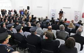 Habla el gobernador en la inauguración del edificio del Comando Radioeléctrico y División de Tránsito