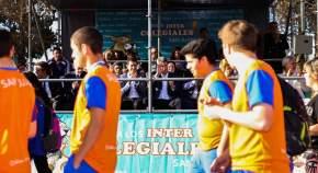 Desfile de alumnos de los departamentos que participaron de los Campeonatos Intercolegiales