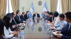 Diplomático y delegación comercial china interesados en San Juan