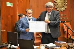 El vicepresidente segundo de la Cámara de Diputados, legislador César Aguilar, tomó juramento a Jorge Palmero, representante de Albardón